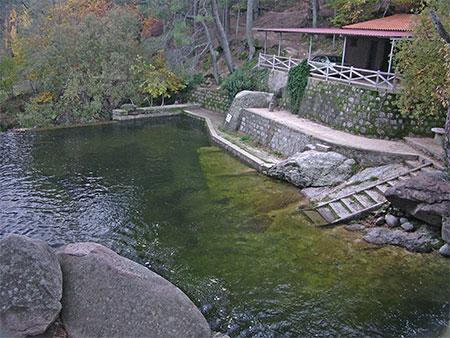 Piedralaves valle del ti tar y alrededores for Piedralaves piscina natural